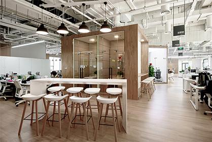 加强沟通交流有效提高办公室装修进度