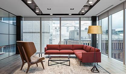 广州办公室装修设计公司小妙招快来听听吧。