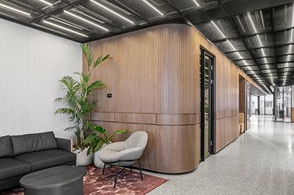 把办公室装修的有模有样,环保又自然