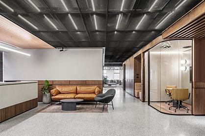 广州天河办公室装修设计的明暗怎样搭配?