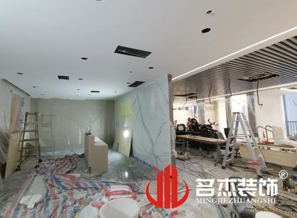 巡工地日记,厦门南讯股份办公室装修项目紧张进行中