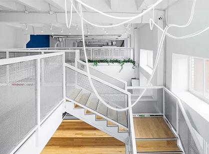 R-broker数字营销机构莫斯科办公室装修设计应该会怎样做?
